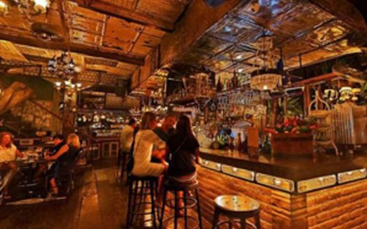 Optimum Bali - News - Restaurant & Late Night Dancing