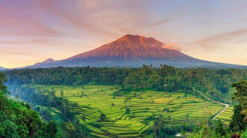 Optimum Bali - News - The Mighty Mount Agung